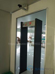 lap-dat-cong-do-kim-loai-safeway-at-iiia